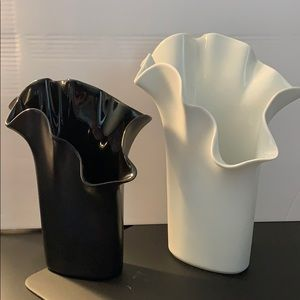 ROSENTHAL ⚜️ Pair of Ruffle Vases